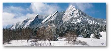 early-spring-flatirons-vista-shadowed10x42