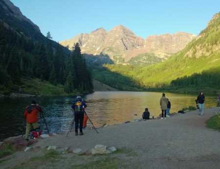 Photographers Flock to the Maroon Bells