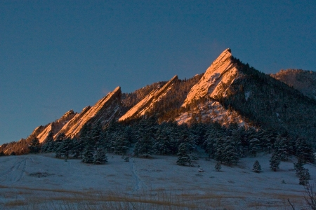 winter-dawn-flatirons-12x8